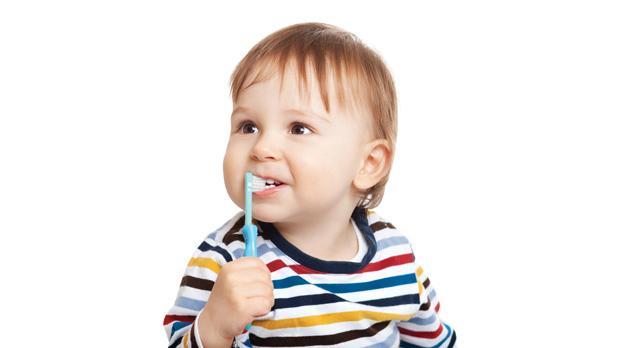 مراقب پوسیدگی دندان کودکان خود باشید