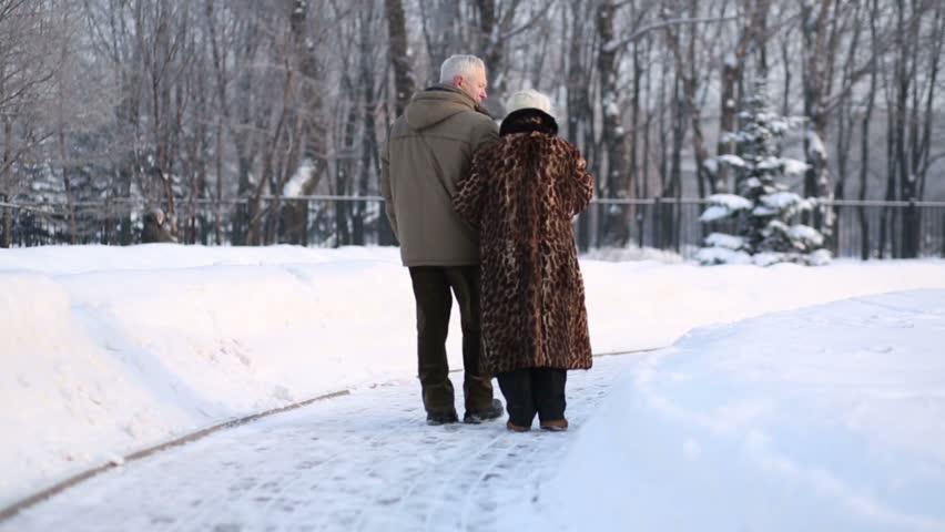مشکلات سالمندان در فصل زمستان!